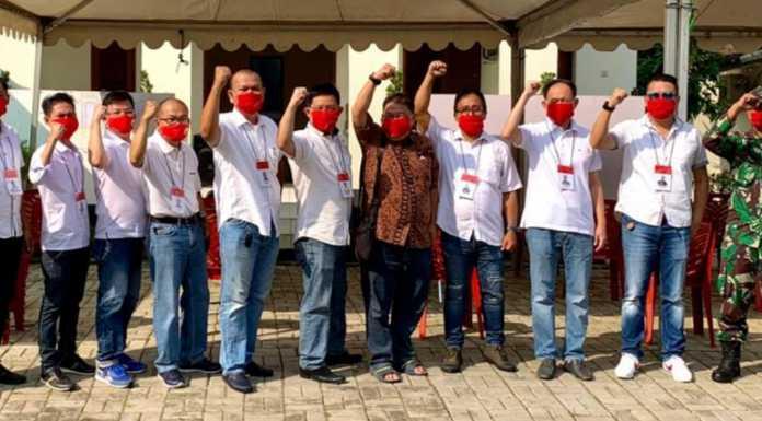 Panitia Pemilihan Ketua RW Cluster Flamboyan Alam Sutera. (Foto/Jkw)